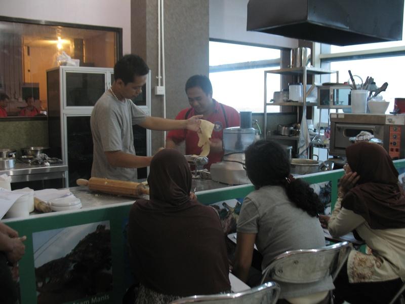 Kursus Noodle Making : Paket dasar pembuatan mie basah, mie kering ...